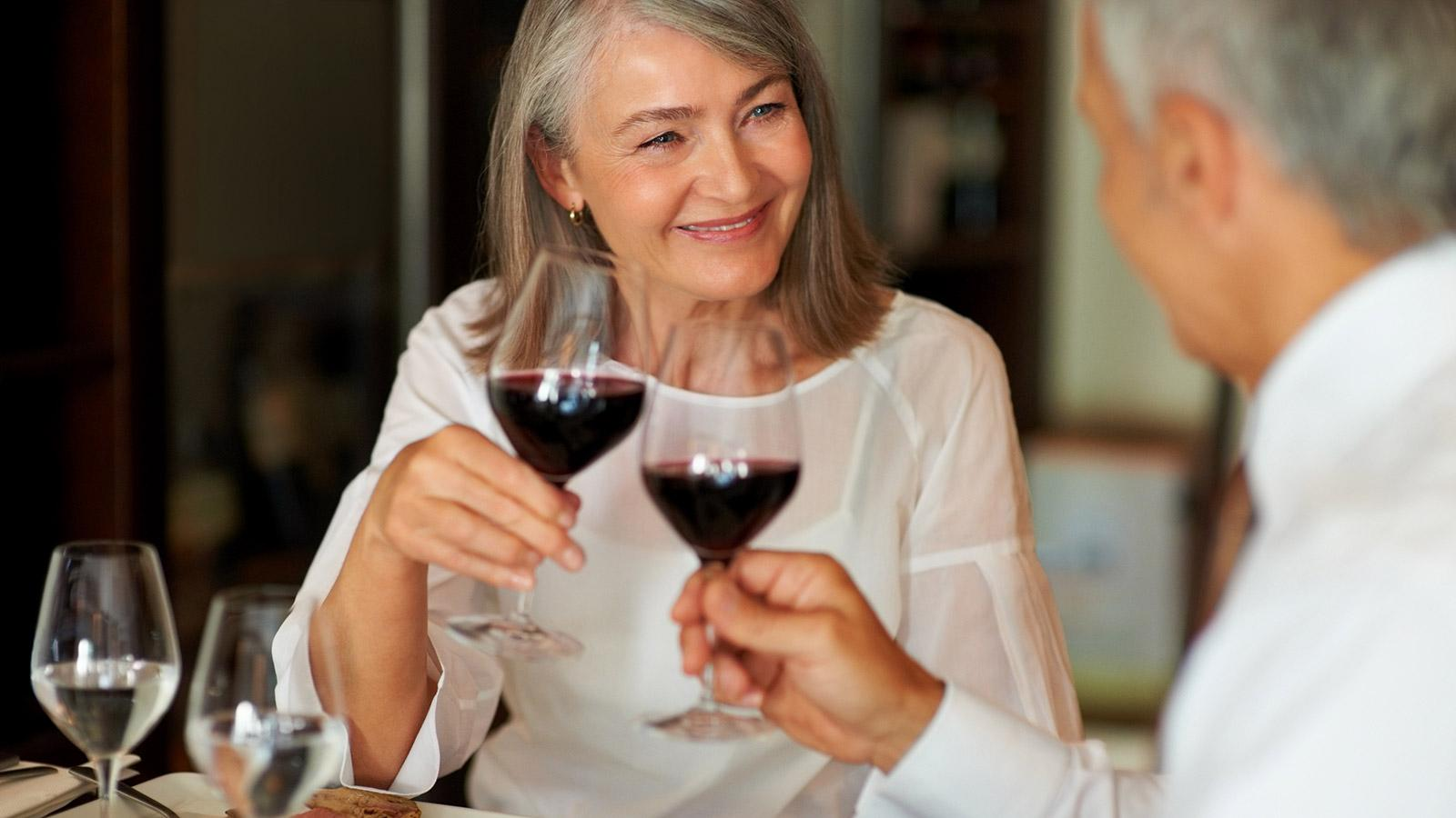Health Watch: Moderate Wine Consumption May Help Alzheimer's Disease Patients
