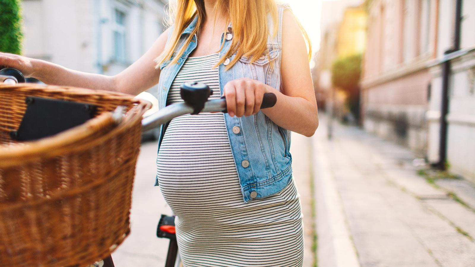 French Authorities Call for Larger Health Warnings for Pregnant Women on Wine