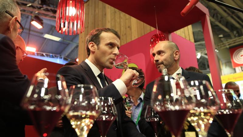 Emmanuel Macron Finds Unicorn Wine, Blasts Weedkiller; Wet Bandits Steal 8,000-Gallon Vodka Iceberg 'Harvest'