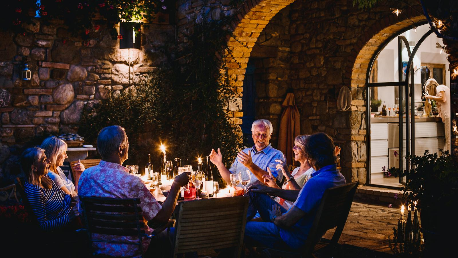 Researchers Find Moderate Wine Drinking Does Not Increase Dementia Risk