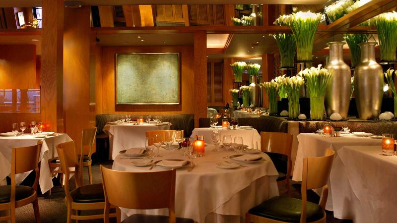 Restaurant Gary Danko dining room