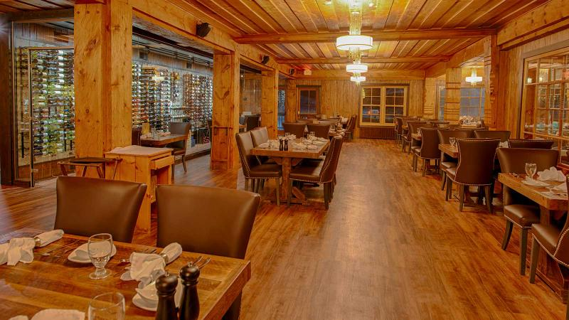 The Strand Waterfront Dining Room