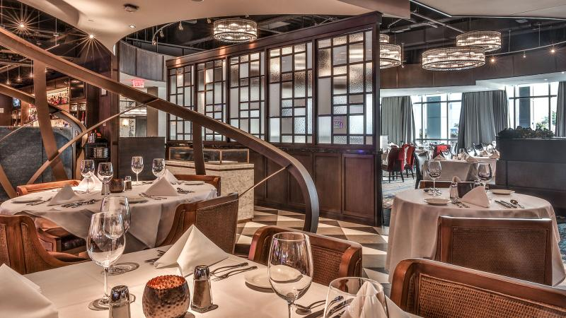Emeril's Chop House dining room