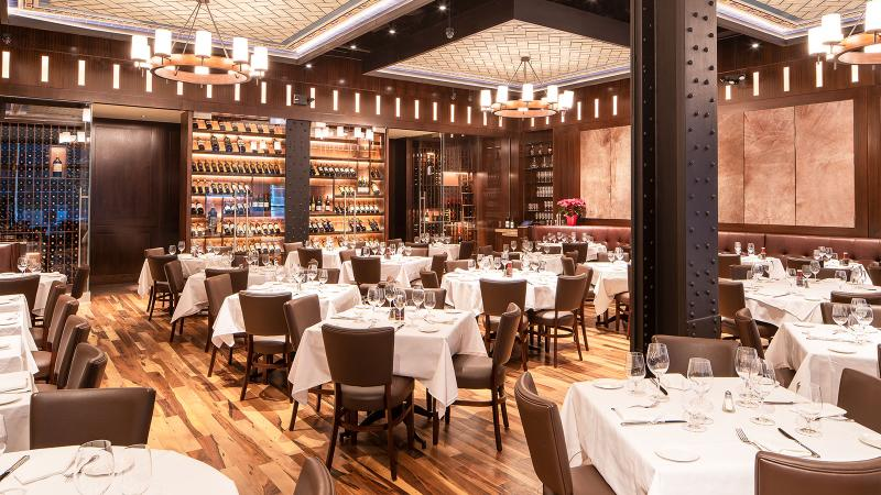 Wolfgang's Steakhouse by Wolfgang Zwiener's dining room