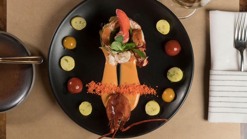 Roasted main lobster with a white wine