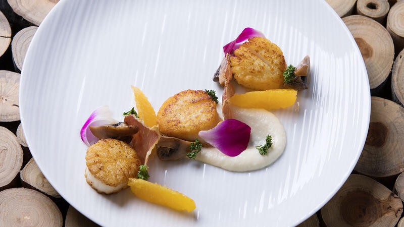 Scallops at the Cave Bistro & Wine Bar