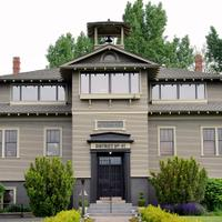 Founded in 1983, L'Ecole No. 41 is a third-generation, family-owned winery in Washington's Walla Walla Valley.