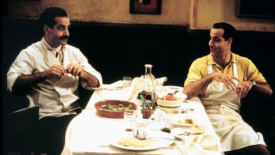 In <i>Big Night</i>, brothers Primo (Tony Shalhoub) and Secondo (Stanley Tucci) try to find a way to revive their failing restaurant rather than return to Italy or work for a competitor in New Jersey.