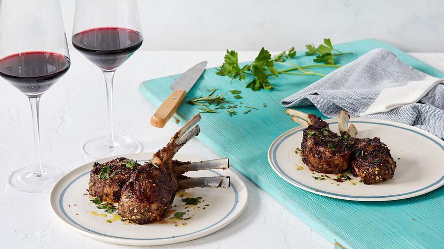 A Syrah from the Northern Rhône region of France brings out the smoky, herbaceous crust and sanguine chew of this easy lamb dish.