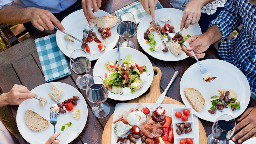 A Mediterranean diet, including moderate amounts of wine, can be both healthy and delicious.