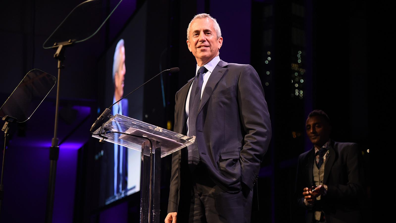 Danny Meyer Brings Back Tipping at his Restaurants